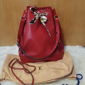 Louis Vuitton Epi Noe Bucket Bag